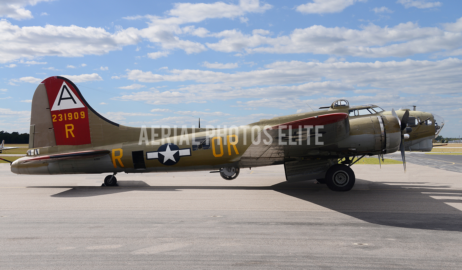 Warbirds B-17 Aiken SC | Aerial Photos Elite